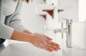 Trik cuci tangan yang benar agar efektif membunuh virus corona
